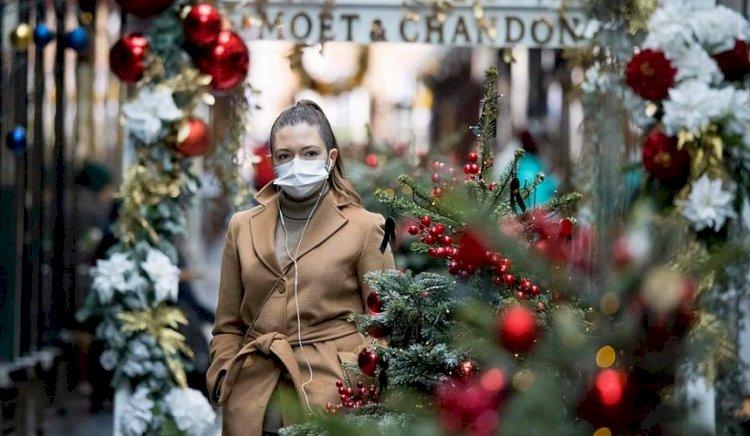 Fransızların istisna olarak Noel ve Yeni Yılda yürüyüş yapmalarına izin verildi.